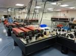 Vue de l'amplificateur laser de grande puissance. Les étages d'amplification jusqu'à 100 TW et 1 PW